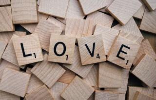 componenti amore teoria triangolazione